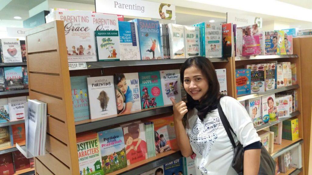 Buku Smart Mom, Happy Mom