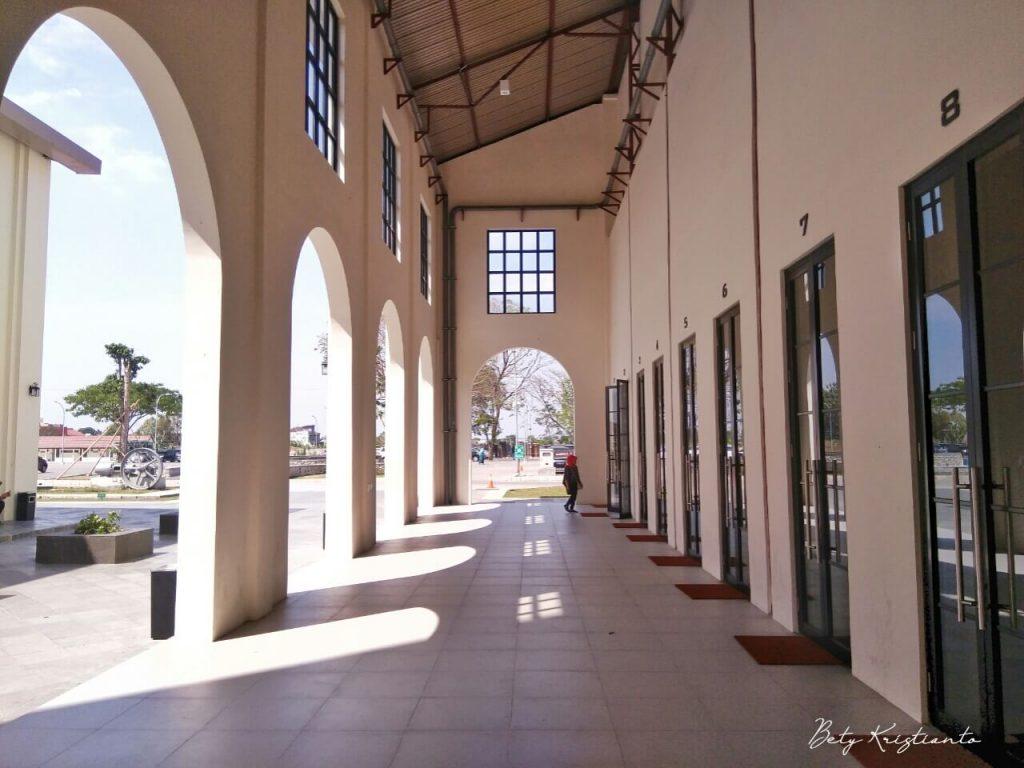 De Tjolomadoe destinasi wisata edukatif di solo