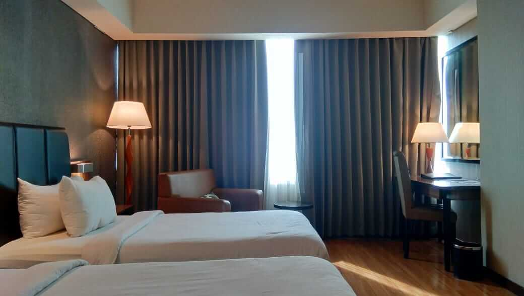 Pengalaman Staycation di The Alana Hotel and Convention Center Solo
