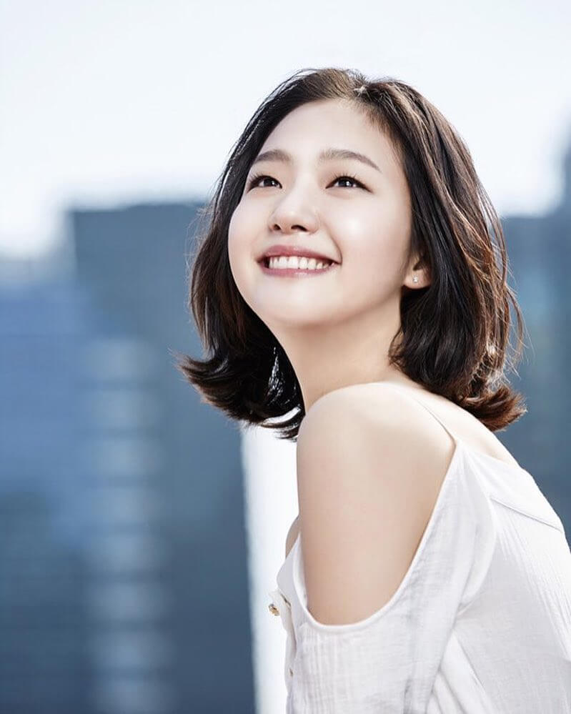 Get to Know Kim Go Eun, a Humble and Beautiful Korean Actress